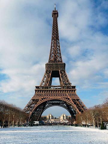 fileeiffel tower paris  december jpg wikimedia