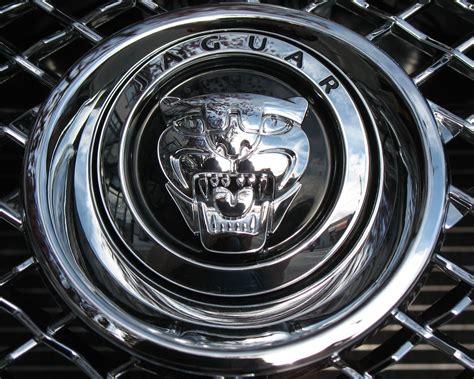 Jaguar Cars Symbol by Redirecting