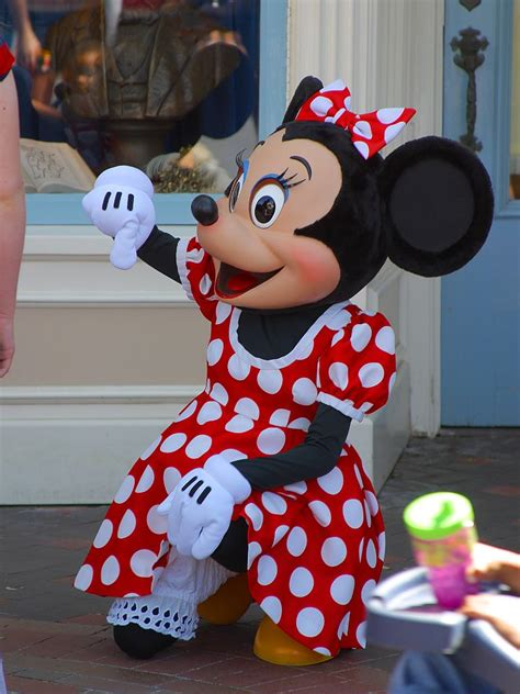 disney minnie mouse character wallpaper