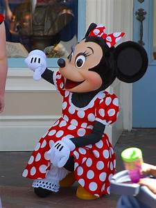 Cartoon Tattoo Pictures: Disney Cartoon Minnie Mouse ...