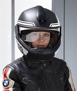 Gps Affichage Tete Haute : bmw pr sente un prototype de casque avec affichage t te ~ Medecine-chirurgie-esthetiques.com Avis de Voitures