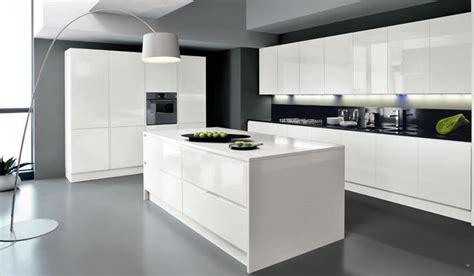 cuisine blanche avec ilot central cuisine moderne blanche cuisine tres moderne cbel cuisines
