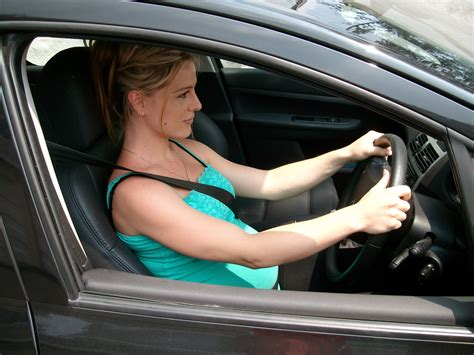 How To Proceed To A Safe Driving On The Interstate Highway