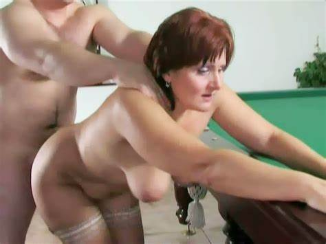 Mommy Enjoying Pool Hidden Handsome Fucked His Libertines @ Qipyvy45 :