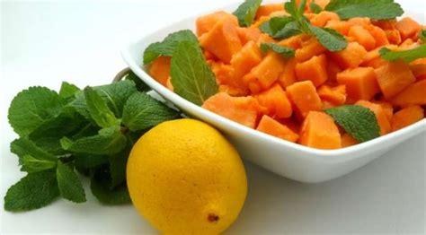 cuisiner la papaye papaye au gingembre salade du la tendresse en cuisine