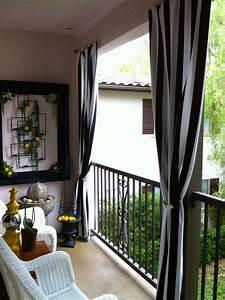 Outdoor curtains for balcony 10 splendid photos for Outdoor balcony curtains