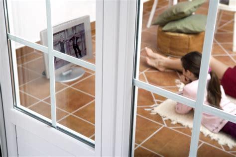 Потеют пластиковые окна что делать в этом случае?