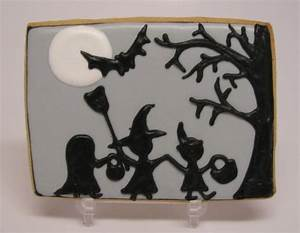 Sweetly adorable Halloween trick-or-treaters silhouette ...