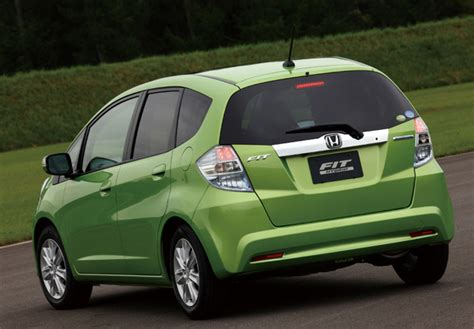 Pictures of Honda Fit Hybrid (GP1) 2010 (800x600)