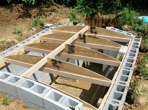 how to build a solid root cellar eco snippets