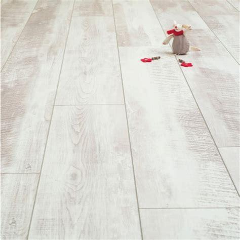 white washed laminate flooring balento vintage whitewashed oak 10mm laminate flooring