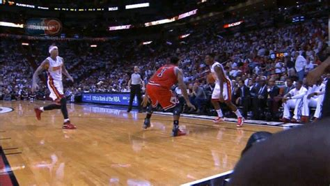 derrick rose welcomed   nba  vicious crossover