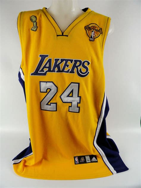 Lot Detail - Kobe Bryant Autographed NBA Finals Jersey