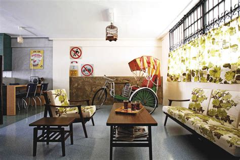 A Retrostyle Hdb Flatdecorated With A Trishaw!  Home