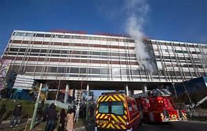 Incendie Paris 15 : un incendie a ravag des locaux de bureaux au galion ce ~ Premium-room.com Idées de Décoration