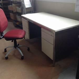 Schreibtisch Mit Stuhl : pult schreibtisch mit stuhl kaufen auf ricardo ~ A.2002-acura-tl-radio.info Haus und Dekorationen