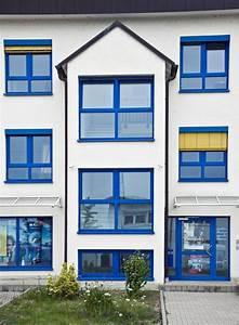Farbe Mit H : hausbautipps24 mut zur farbe farbige fensterrahmen liegen voll im trend ~ A.2002-acura-tl-radio.info Haus und Dekorationen