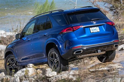 So much power, comfort, and agility. Mercedes Unleashes 2020 GLE 580 With V8 Power | CarBuzz
