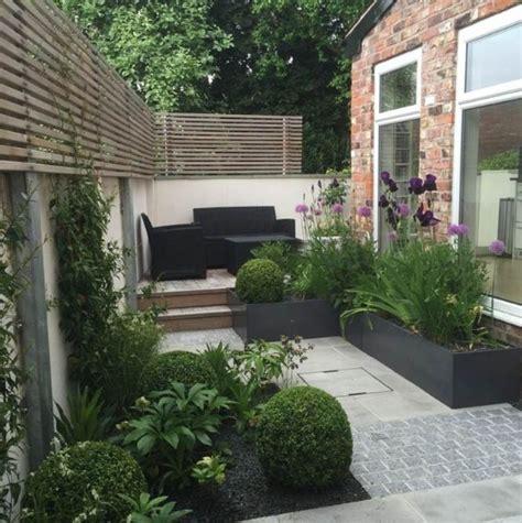desain taman minimalis depan rumah modern