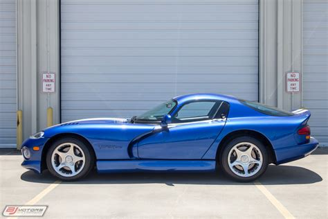 Dodge Viper Blue by Used 1996 Dodge Viper Gts Blue And White Stripes For Sale