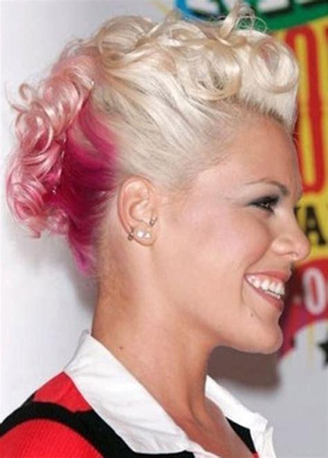 50 Best Updos for Short Hair   herinterest.com/