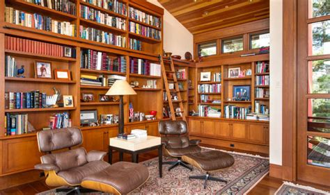 Home Library : A Gorgeous Home Library Would Turn Anyone Into A Bookworm