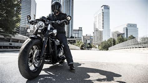 New 2018 Triumph Bonneville Bobber Black Unveiled