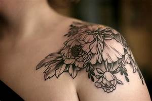 Fascinating womens shoulder tattoos – design tips and ideas