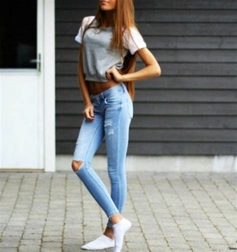 Jeans grey ripped jeans t-shirt shirt sweater tumblr tumblr outfit tumblr girl tumblr ...