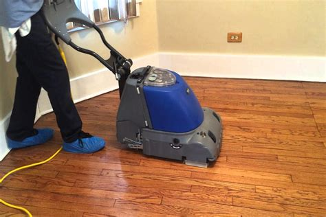 best way to clean laminate floor what is the best way to clean laminate flooring april 2018