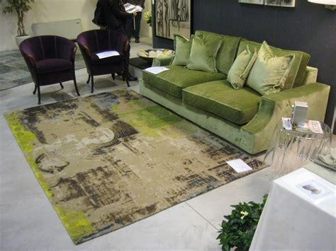 tappeto contemporaneo mostra abitare la casa morandi tappeti