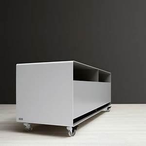 Sideboard Auf Rollen : tv board mit klappt r ~ Frokenaadalensverden.com Haus und Dekorationen