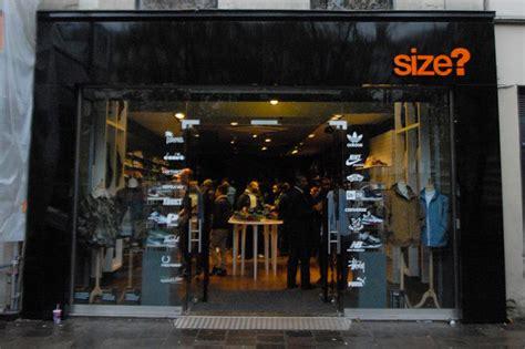 ouverture magasin size les halles 2012