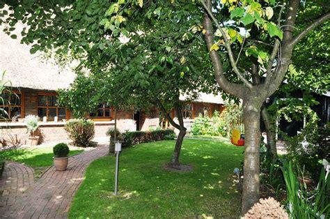 Wohnung Mit Garten Oldenburg by Ferienwohnung Oldenburg Fotos Garten