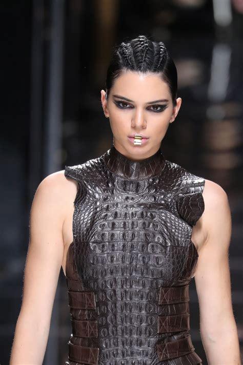 Kendall Jenner Walks Balmain Show at Paris Fashion Week 3 ...