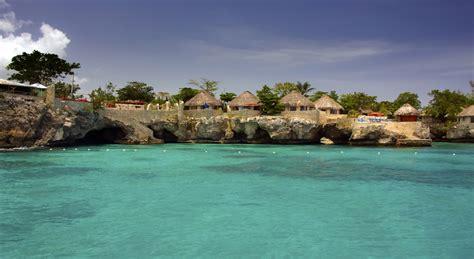 Clothing Optional Resort Opens In Jamaica