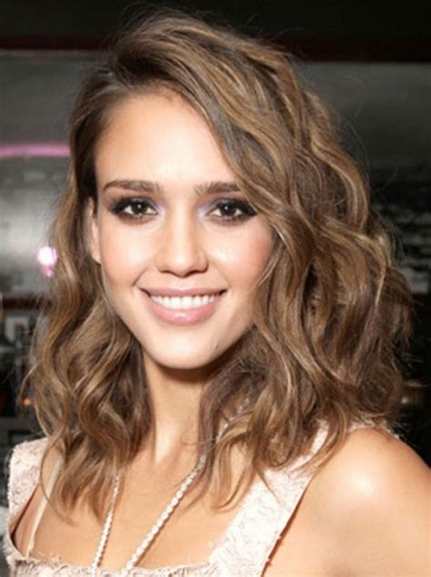 15 Best Hairstyles For Oval Faces YusraBlog com