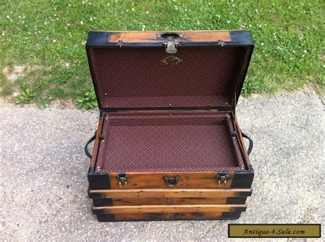 Antique Refinished Steamer Chest Vintage Flat Top Coffee Table Trunk W/ Tray For Sale In United Antique Table Fan Parts Duck Decoy Auction Swivel Vanity Chair Oval Mahogany Coffee Lighted Angel Tree Topper Princess Cut Ring Settings Metal Decor How To Do An Finish On Wood