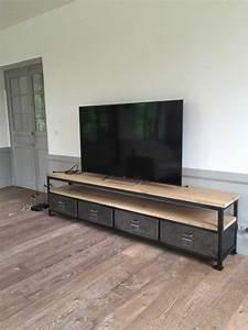 Meuble Tv Arrondi : meuble tv revisit vestiaire arrondi et pieds compas ~ Teatrodelosmanantiales.com Idées de Décoration