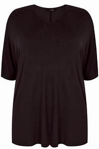 Schwarzes Jersey-Oberteil mit Gratis Halskette Plus-Size ...