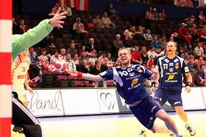 File:CRO - ISL (02) - 2010 European Men's Handball ...