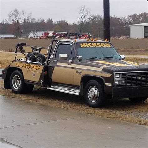 1981 chevrolet c10 tow truck tow wrecker roll back tow truck trucks chevy trucks