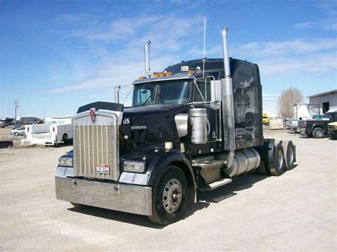 trucksales kenworth 2005 kenworth w900b sleeper semi truck for sale 240 217
