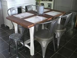 Table De Cuisine Et Chaises : ma nouvelle table de cuisine et ses chaises coeur de zinc ~ Teatrodelosmanantiales.com Idées de Décoration