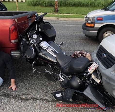 6 Steps To Take If You're in a Motorcycle Accident ...