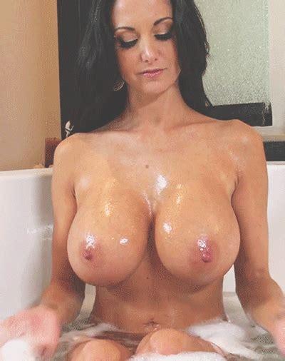 wet brunette babe showing bald silicone mega titties sex [16 03 2018 07 04 35]