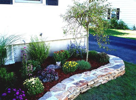 simple flower bed ideas flower bed designs for front of house 2015 inspiration