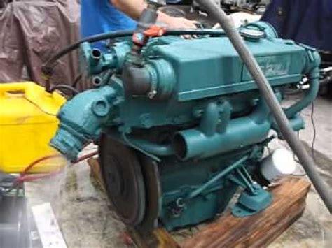 running volvo penta mdl  cylinder diesel youtube