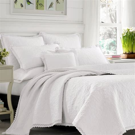 bedroom laura ashley quilts  colder nights grillpointnycom