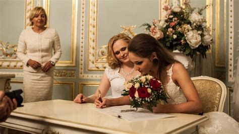 Lgbt Marriage Two Brides Officially Tie The Knot In Russia Photos — Rt News